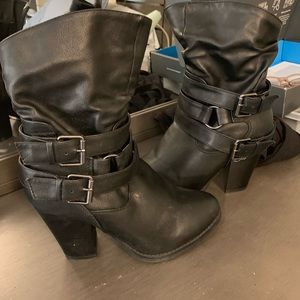 Shoes - High heeled black boots